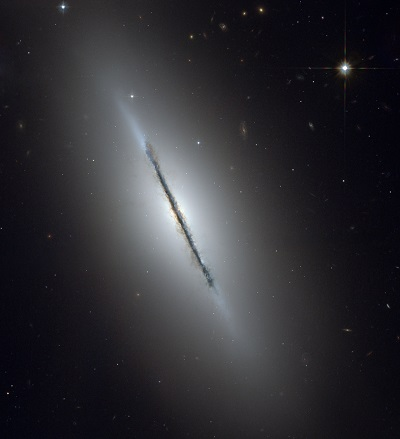 M102 the Spindle Galaxy by the Hubble Space Telescope (NASA, The Hubble Heritage Team (AURA/STScI))