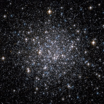 Messier 68 globular cluster by the Hubble Space Telescope (NASA, The Hubble Heritage Team (AURA/STScI))