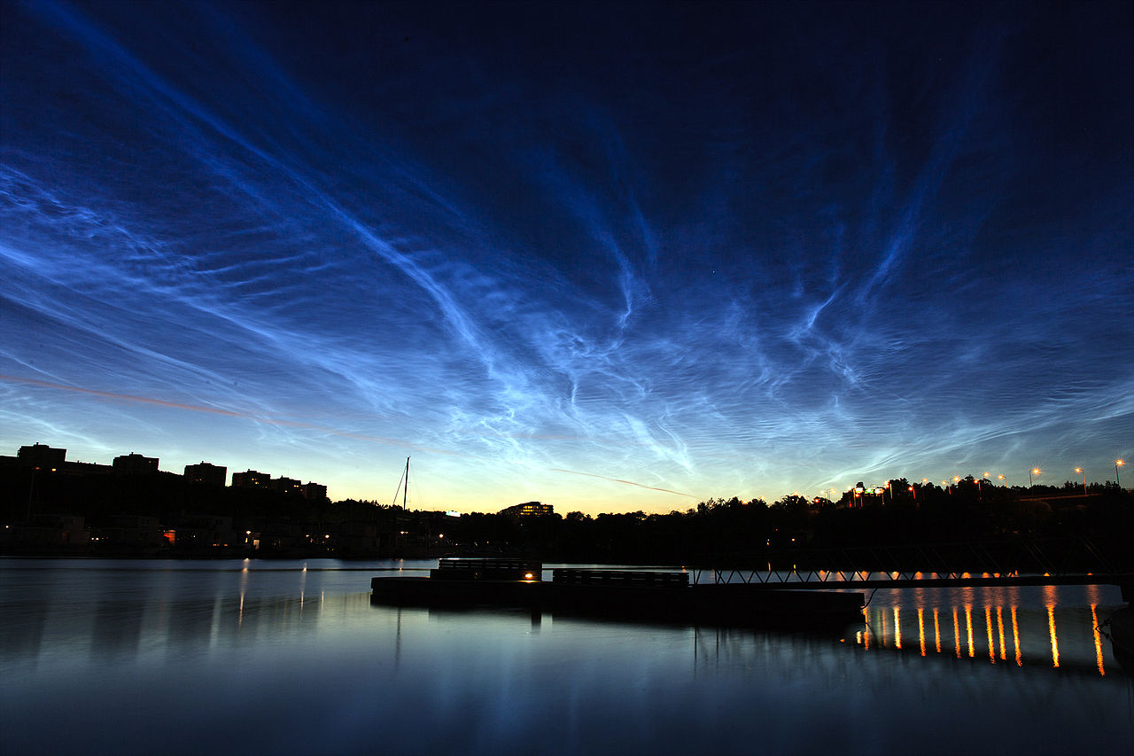Noctilucent clouds over Stockholm (credit:- Kevin Cho)