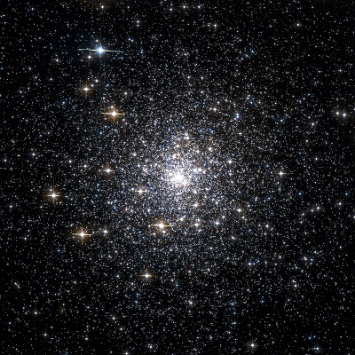 Messier 70 globular cluster by the Hubble Space Telescope (credit:- NASA, The Hubble Heritage Team (AURA/STScI))