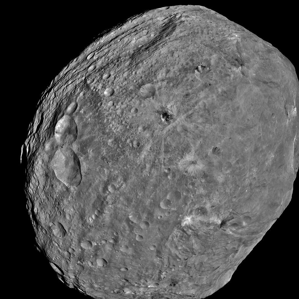 Dawn image of Vesta from 5200km on 24th July 2011 (NASA/JPL Caltech/UCLA/MPS/DLR/IDA)