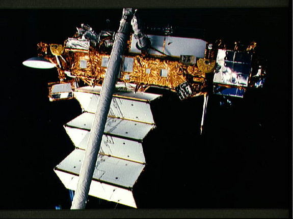 UARS during Space Shuttle Discovery STS-48 deployment (NASA)